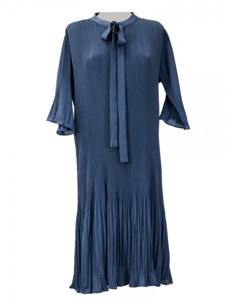 Vestido plisado azul marino manga 3/4 con volantes y lazo