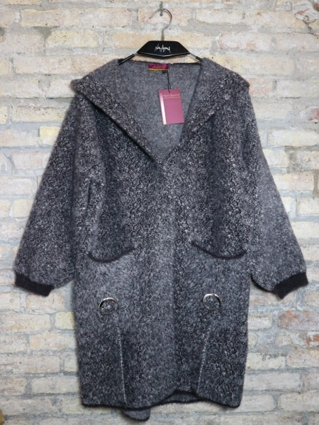 BLACK COZY COAT